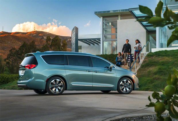 fiat-chrysler-pacifica-voiture-autonome